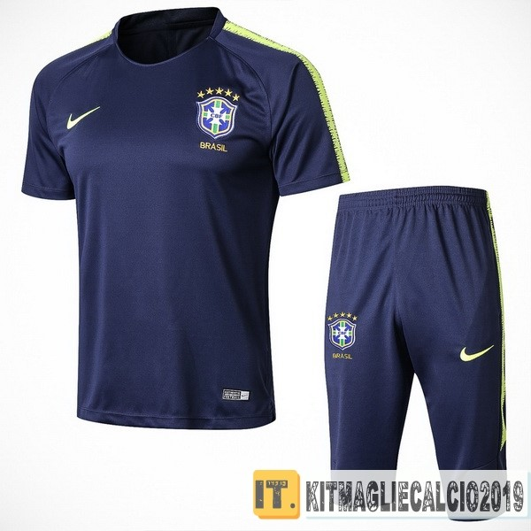 completi calcio nike outlet